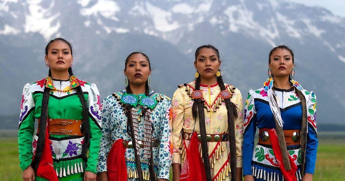 """""""No somos solo reliquias del pasado"""": cómo #NativeTikTok está preservando las culturas indígenas e inspirando a una generación más joven"""