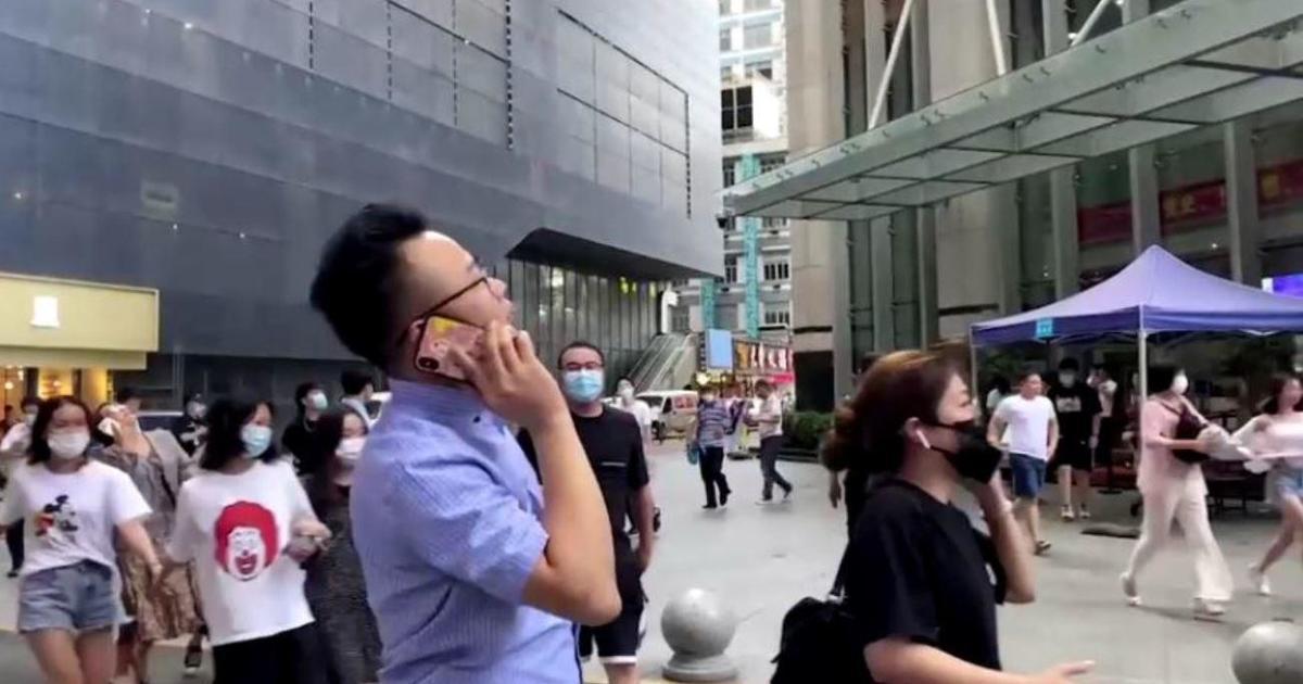 Rascacielos chino evacuado después de comenzar a temblar sin razón aparente