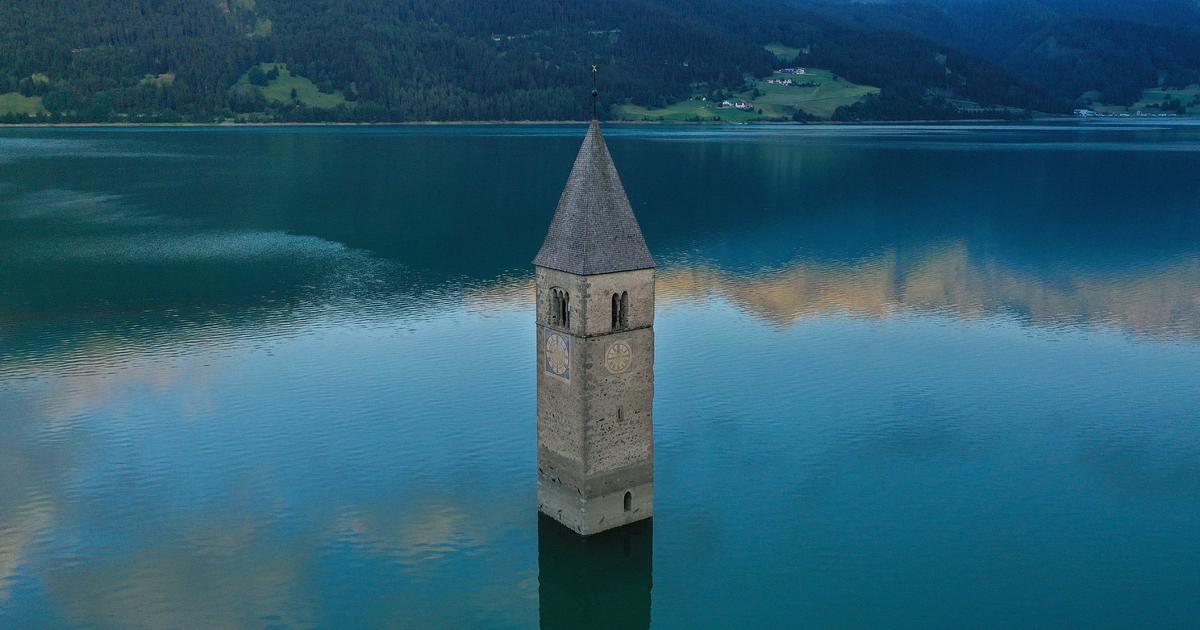 Un pueblo submarino durante décadas ahora está emergiendo de un lago italiano.